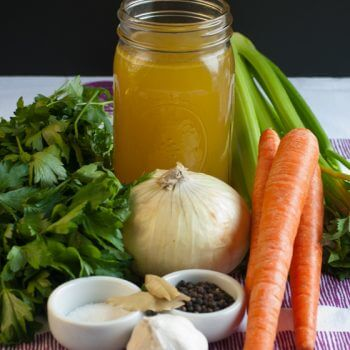 A great recipe for basic chicken stock - A Family Feast