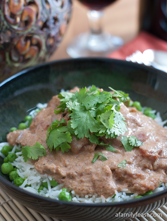 A delicious Slow Cooker Chicken Tikka Masala - Even if you think you don't like Indian cuisine, you'll love this recipe!