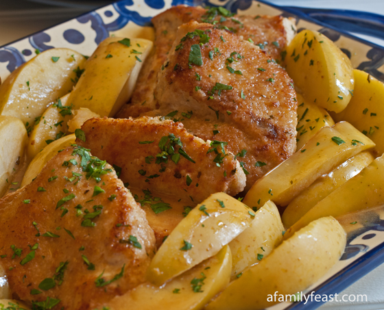 A healthy and super-flavorful recipe for Chicken and Apples in Honey Mustard Sauce.