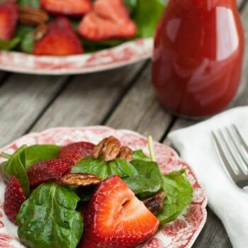Spinach_strawberry_salad - A Family Feast