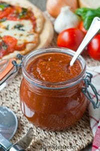 Roasted Tomato Pizza Sauce - A Family Feast