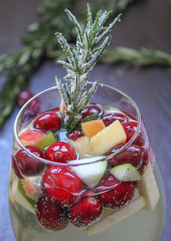 Cranberry Rosemary White Christmas Sangria – Cooking Stoned