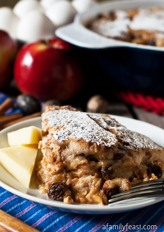 Apple and Cheddar Baked French Toast - an easy and delicious recipe that is great for a weekend or holiday breakfast.