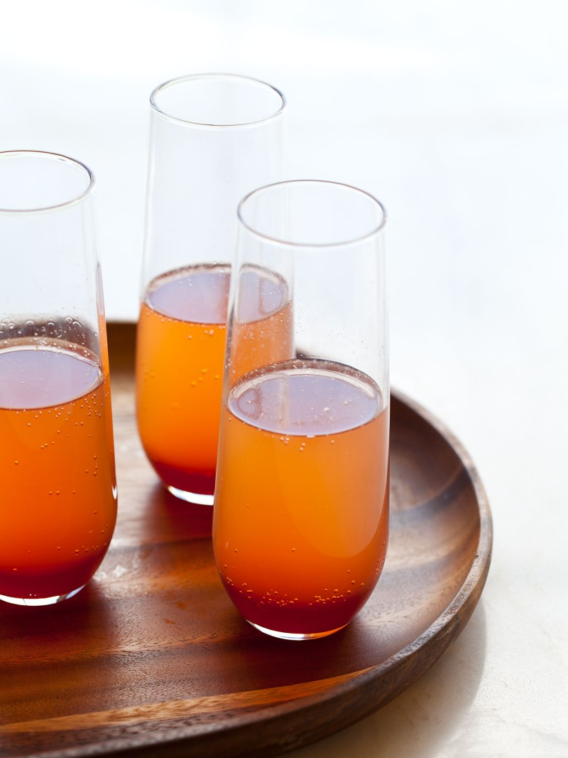 30+ Holiday Cocktails - Spicy Blood Orange Champagne