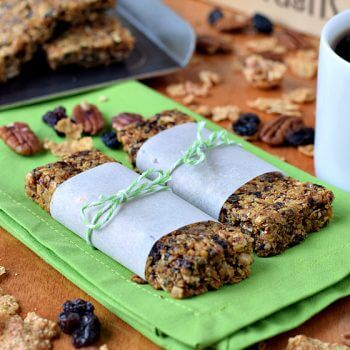 Great Grains Chewy Breakfast Bars - A Family Feast