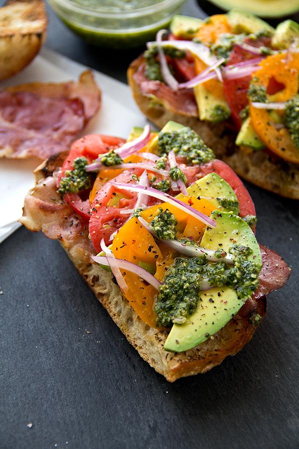 Crispy Prosciutto and Avocado Salad Toasts – 20-plus Awesome Avocado Recipes