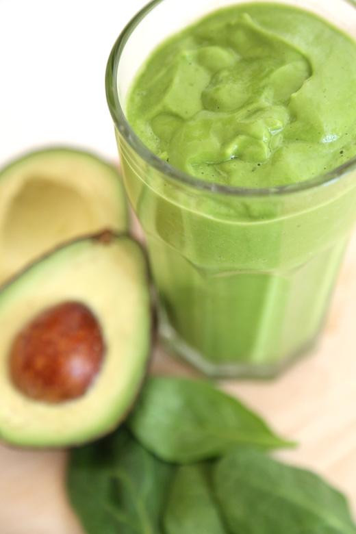 Snickerdoodle Green Smoothie – 20-plus Awesome Avocado Recipes