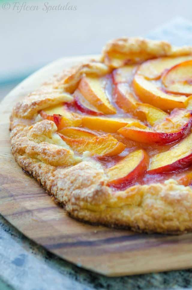 Fresh Peach Crostata - 25-Plus Perfect Peach Recipes