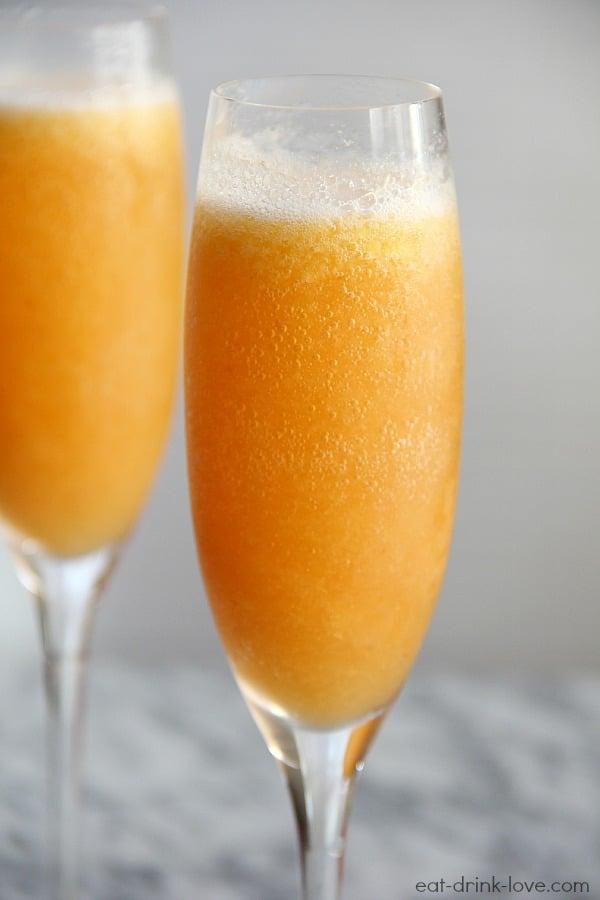 Peach Bellinis - 25-Plus Perfect Peach Recipes