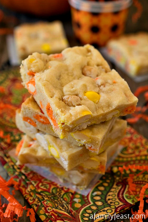 Sugar Cookie Bars - A versatile and delicious sugar cookie bar recipe. Add in any mix-in's you'd like - or leave the bars plain and add a simple frosting. Keep this recipe on hand!