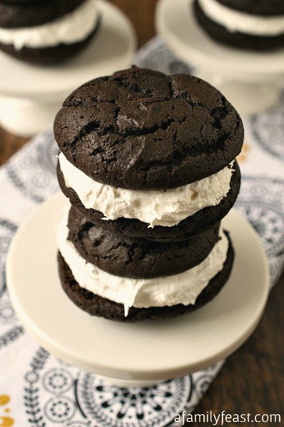 Seriously - the BEST Whoopie Pie recipe around! Perfectly sweet with a rich chocolate cake and a creamy marshmallow filling.