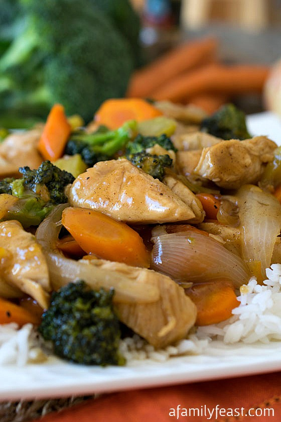 Orange Chicken and Vegetables - Chicken and vegetables smothered in a sweet and spicy orange sauce.  Dinner is ready in less than 30 minutes!