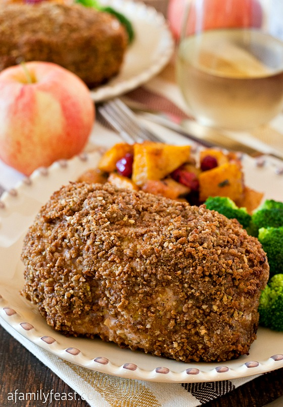 Crispy Apple Crusted Pork Chops - Juicy tender pork chops with a flavorful crunchy coating! Your family will love this recipe!