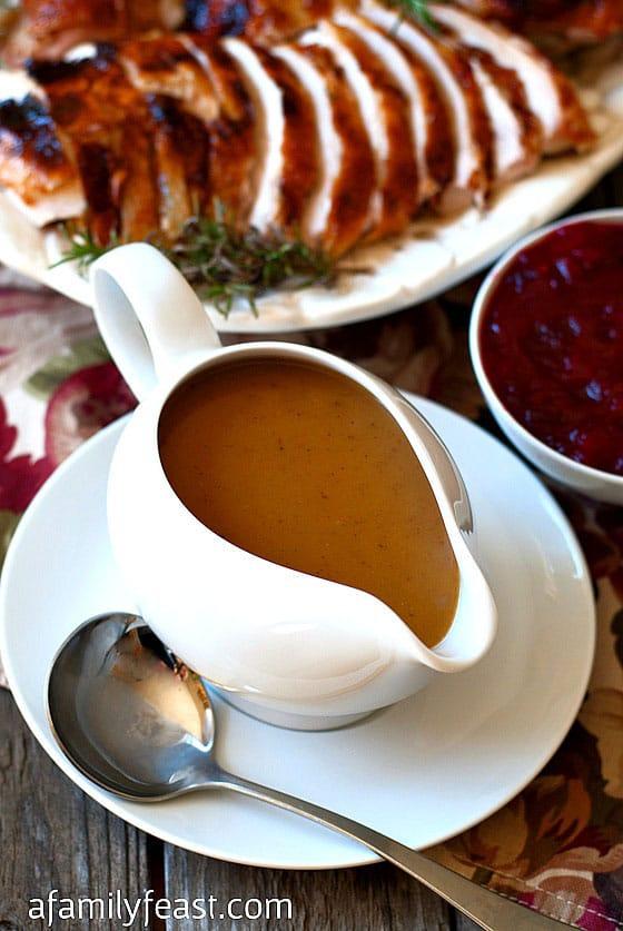 Perfect Turkey Gravy - A Family Feast
