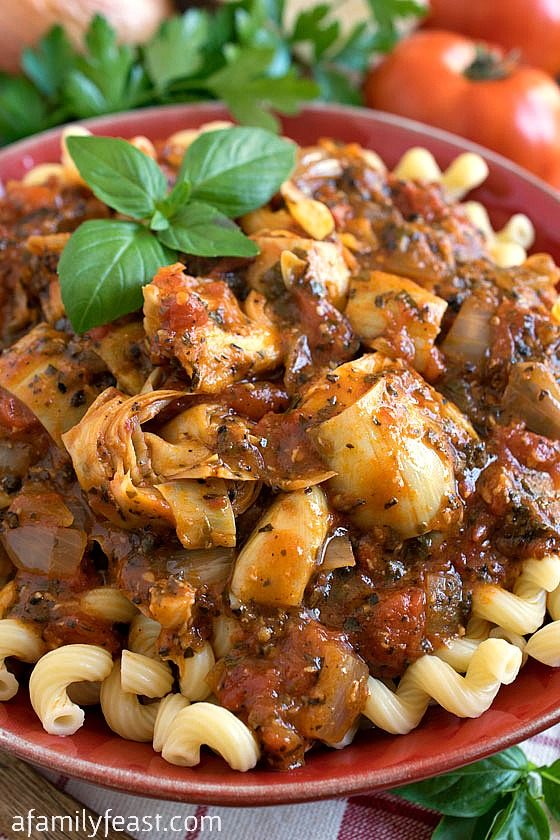 Pasta Sauce Raphael - A bold and zesty pasta sauce from The Silver Palate Cookbook. This is delicious served hot or cold!