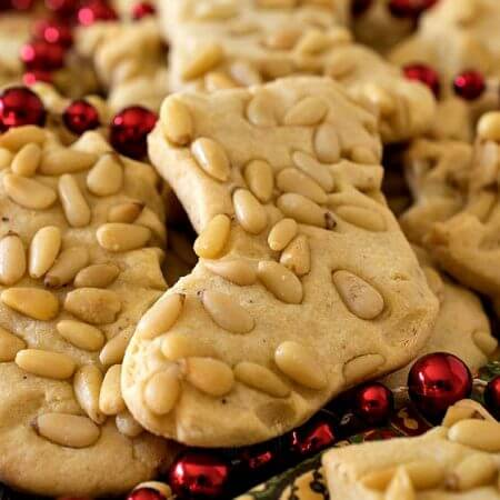 Christmas Cornmeal Cookies - A Family Feast
