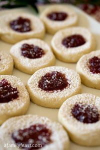 Pasta Frolla Christmas Jam Cookies - A Family Feast