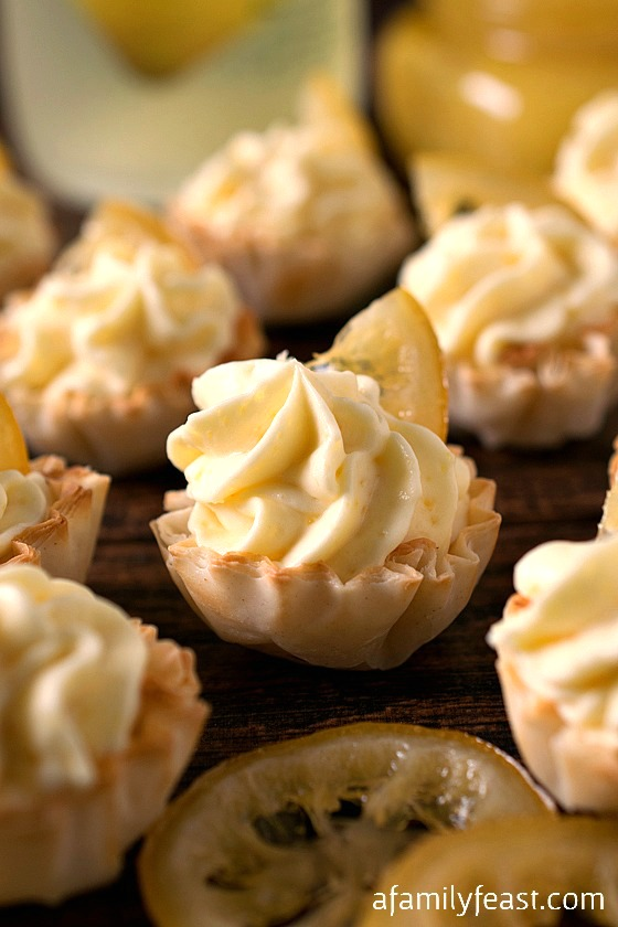 Lemon Mousse Cups - Creamy, sweet and lemony, these little bite-sized desserts are super simple to make!