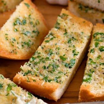 Garlic Bread - A Family Feast