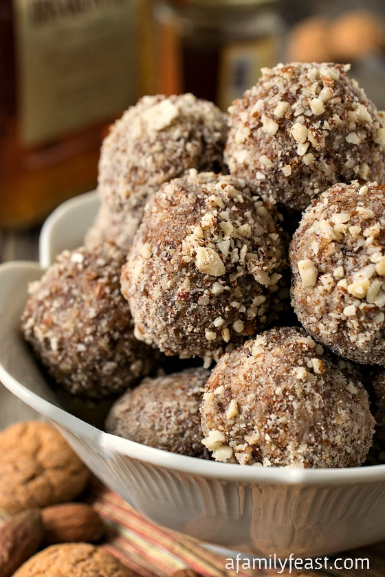 No-Bake Amaretto Truffles - Easy to make and delicious!  A mix of Italian amaretti cookies, almond butter, almonds and amaretto liqueur!   A decadent sweet treat!