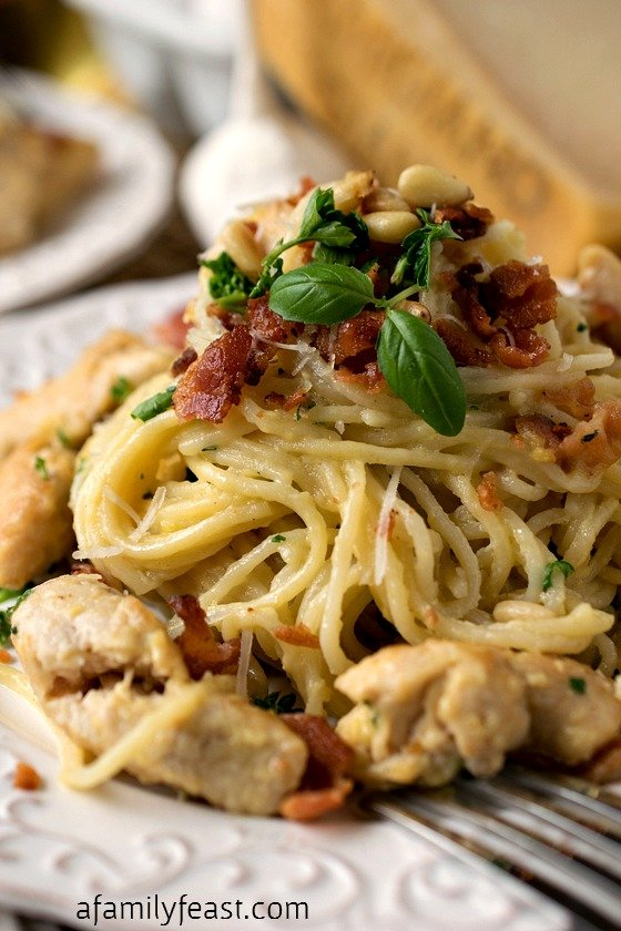 Chicken Carbonara - An authentic, restaurant-quality recipe for a classic Italian dish! Plus, ideas for prepping the ingredients ahead of time so dinner can be ready in just 10 minutes!