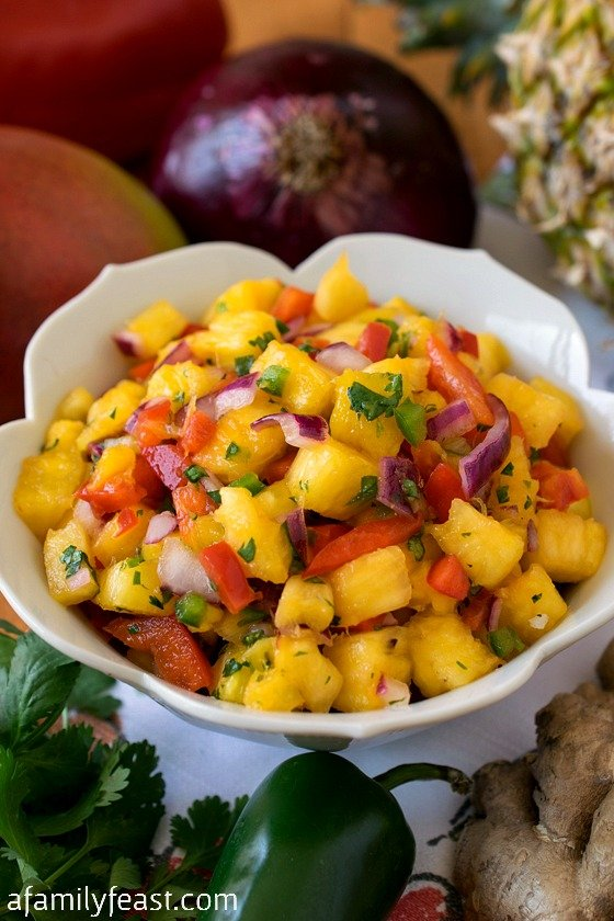 Pineapple Mango Salsa - Easy to make and super delicious! You'll make this recipe again and again!