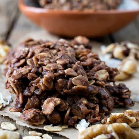 No-Bake Chocolate Oatmeal Cookies - A Family Feast