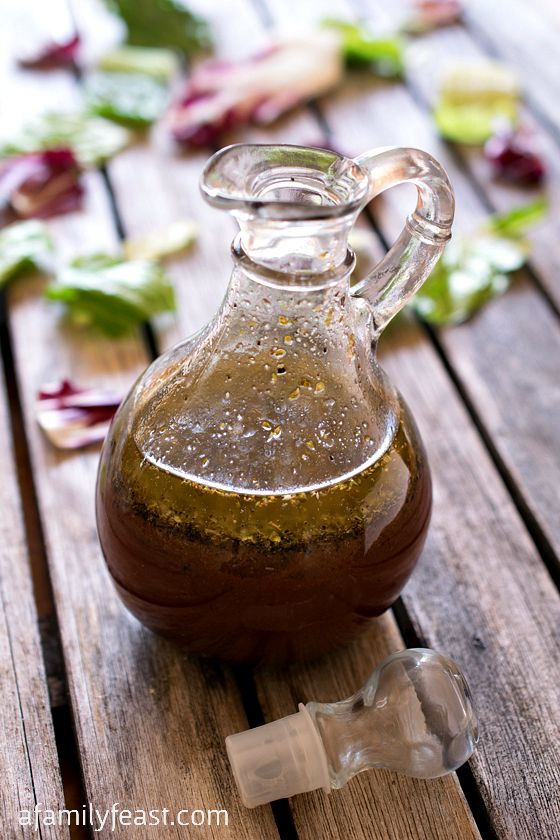 Copycat NewBridge Café Red Wine Vinaigrette - Zesty and sweet- this is a very close copycat version of the famous dressing served at this popular Boston-area restaurant!