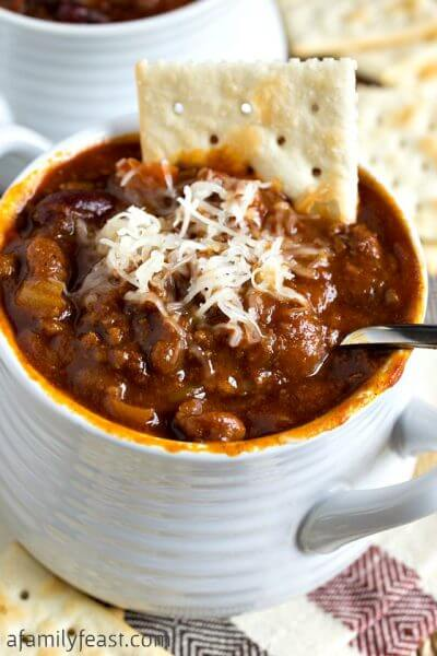Glenn's Sweet & Spicy Slow Cooker Chili - A Family Feast