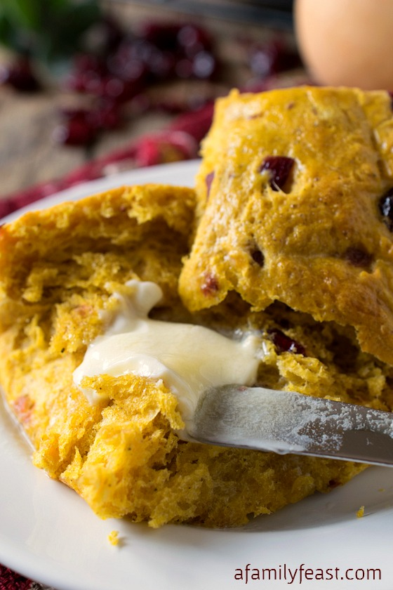 Cranberry Squash Dinner Rolls - A Family Feast