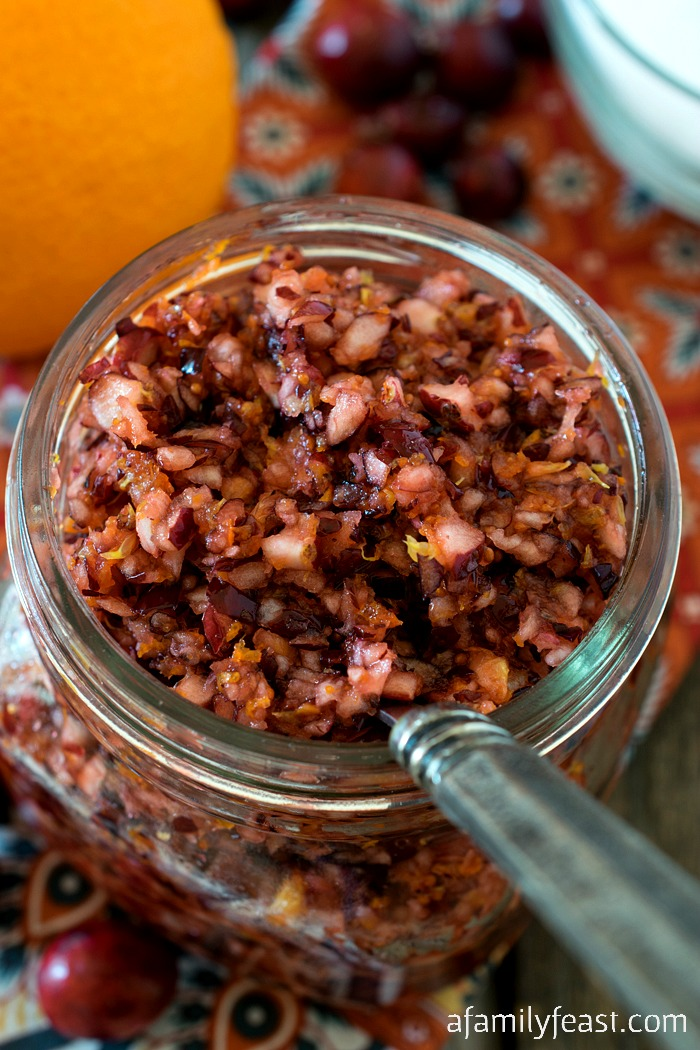 Cranberry Orange Relish - An easy relish that adds fantastic, fresh flavor to any holiday meal! Great on sandwiches or served as an alternative to cranberry sauce.