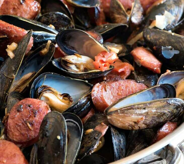 Polish-Style Steamed PEI Mussels