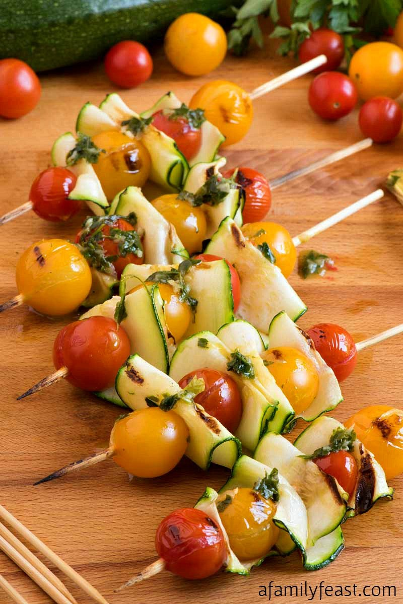 grilled vegetable skewers with zucchini and tomatoes