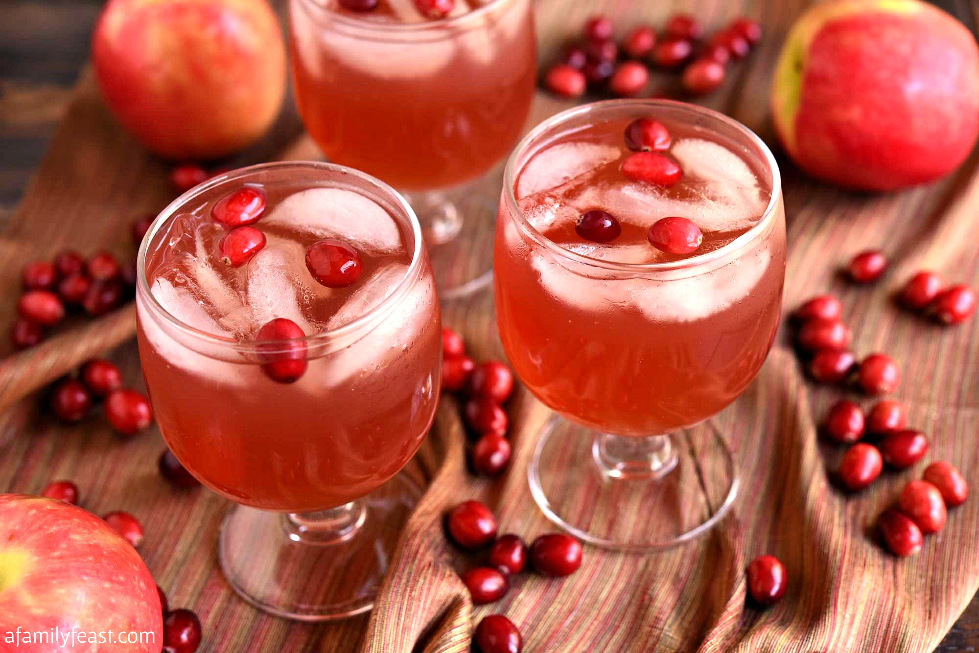 cranberry apple cocktail