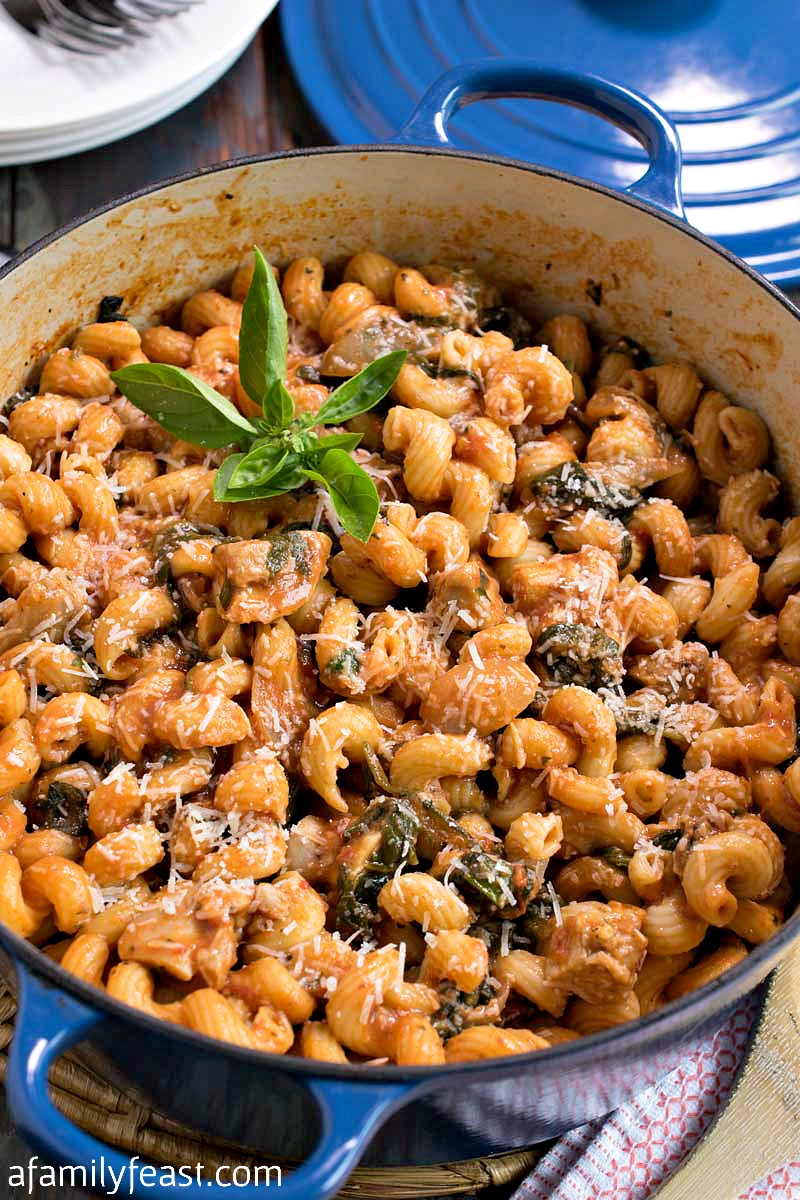 One Pot Pasta and Chicken with Spinach