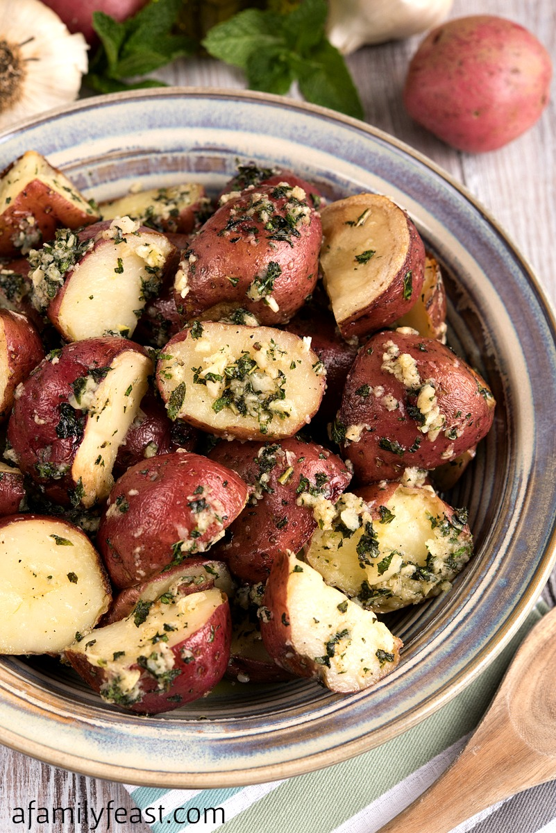 roasted potatoes with garlic and mint