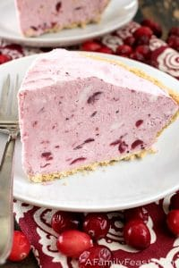 No-Bake Cranberry Cream Pie
