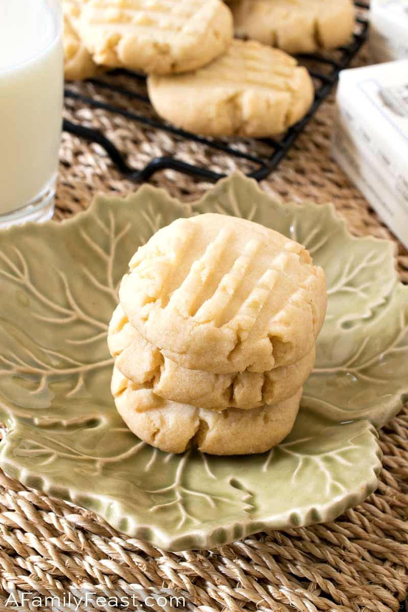 4 Ingredient Shortbread Cookies
