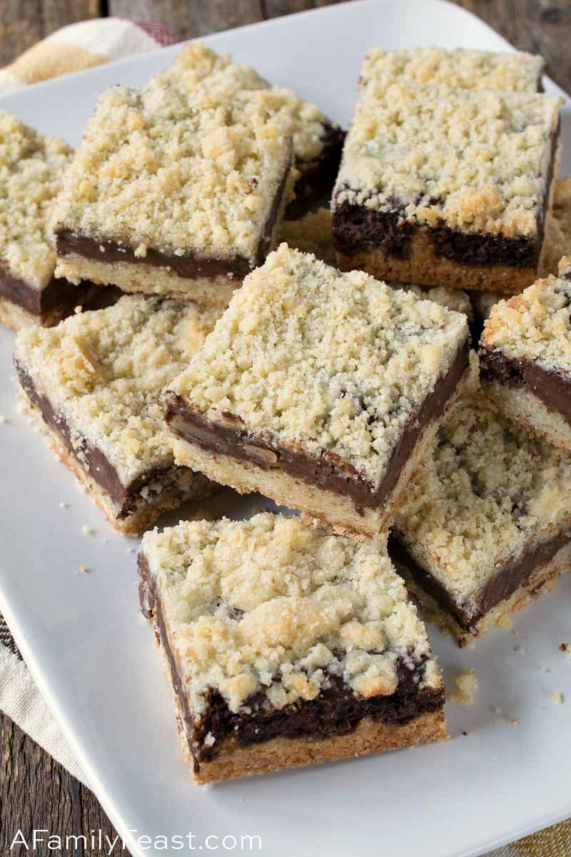 Chocolate Almond Crumb Bars