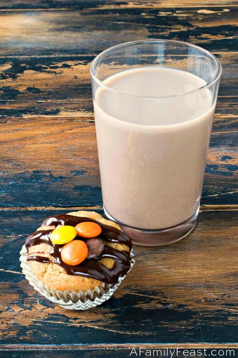 Milk and Cookies Dessert Flight